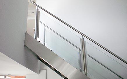 vidrios barandas para escaleras seguras